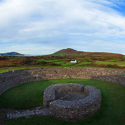 Cahergall Stone Fort, Possibly dating from the Iron Age (500BC to 400 AD), Near Cahirciveen, The Ring of Kerry, County Kerry, Ireland