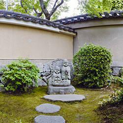 Statues at a temple, Daitoku-JI, Kyoto City, Kyoto Prefecture, Japan