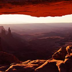 Natural arch at sunrise, Mesa Arch, Canyonlands National Park, Utah, USA
