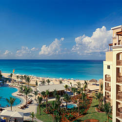Hotel at the coast, The Ritz-Carlton, Seven Mile Beach, Grand Cayman, Cayman Islands