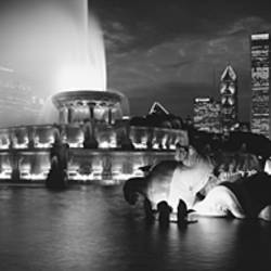 Fountain in front of buildings, Buckingham Fountain, Grant Park, Chicago, Illinois, USA