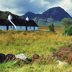 Cottage on a landscape, Black Rock Cottage, Buachaille Etive Mor, Rannoch Moor, Highlands Region, Scotland