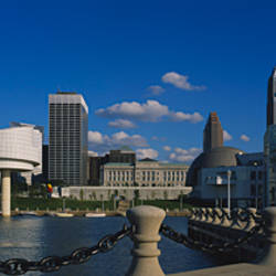 Building at the waterfront, Rock And Roll Hall Of Fame, Cleveland, Ohio, USA