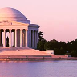 USA, Washington DC, Jefferson Memorial, Building at the waterfront