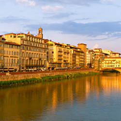 Bridge across a river, Ponte Vecchio, Arno River, Florence, Tuscany, Italy